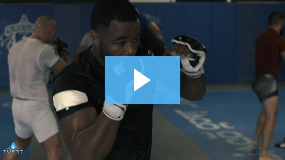 Pro-Athletes and Serious Contenders like Rashad Evans are BOOSTING their performance with Tyent Water. Find out HOW!
